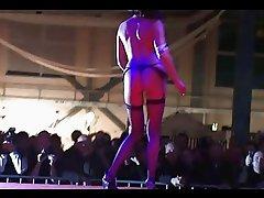 Nasty stripper on stage teas
