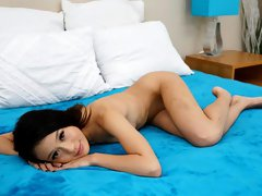 Great-looking young hottie Jasmine Grey pounded in the missionary pose