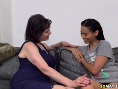 Lesbians Tigger and Andreina De Luxe playing with eachother