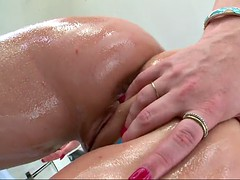 casey cumz showing her hairy bush and getting her body oiled