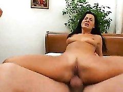 Dudes double penetrate Sandra Romain