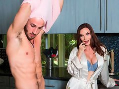 Angelic MILF with gorgeous big-boobs Diamond Foxxx fucks with a young man