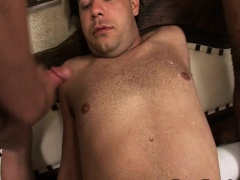 Threesome Gay Latinos Goes to Anal Sex