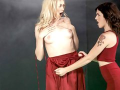 Sensual chicks Anny Aurora and Rosalyn Sphinx are fucking on the floor