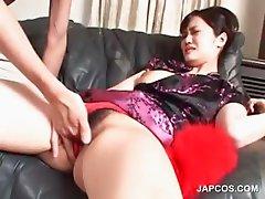 Asian in geisha dress mouth fucks hairy dick